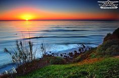 Sunset Cliffs San Diego... hoping to see a great sunset like this one! gonna take so many pics!! hoping someone will be around so I can get in a few with the sunset behind me on a cliff :) sooooo can't wait to see California!!!