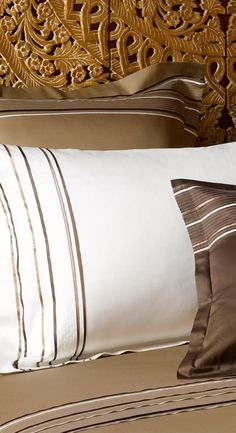 Luxury Sheets, Bed Pillows, Pillow Cases, Bedding, Victoria, Bathroom, Cover, Lush, Pillows