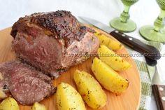 Eu particularmente adoro a carne de contra filé, posso dizer que é o corte bovino que eu mais gosto, acho que é uma carne muito saborosa. Aqui preparamos esta carne assada com batatas, ficou uma delícia! Leia mais...