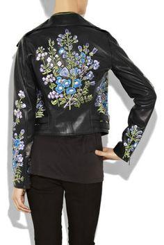 женские кожаные куртки с цветочной вышевкой сзади