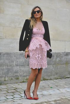 Paris Fashion Week: amazing pink dress