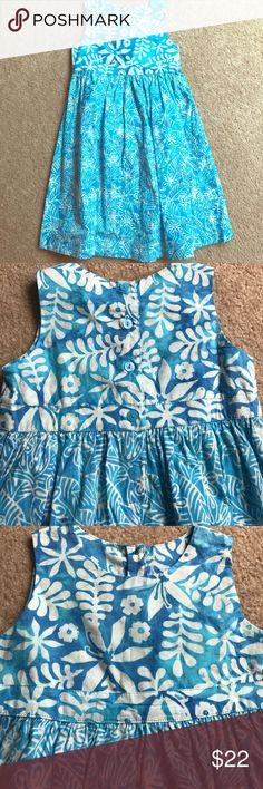 NWOT Girls Hawaiian dress NWOT, never worn! Girls long Hawaiian dress. Bought from Blue Ginger, a local boutique in Maui, Hi. Buttons on back. Very good quality. Sadly my daughter outgrew it. My loss is your gain. Bring the island to you! Comes from a smoke free home. Bundle and save!!! 🌴🌊🌺 Blue Ginger Dresses Casual