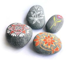 Stone arts paper weight