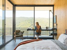 Inside the Blair House in Malibu, California designed by Bruce Bolander. Photo by: J Bennett Fitts | Read more: http://www.dwell.com/articles/Up-and-Away.html