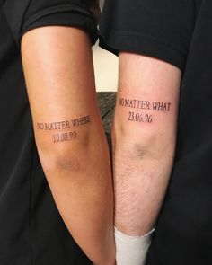 Siblings are the BFFs you're born with. If you're close with your brother or sister, these tattoo ideas will inspire you to permanently honor your bond. tattoo ideen 60 Brother-Sister Tattoos For Siblings Who Are the Best of Friends Bro Tattoos, Twin Tattoos, Sibling Tattoos, Couple Tattoos, Matching Tattoos For Siblings, Finger Tattoos For Couples, Matching Best Friend Tattoos, Tattoos For Women, Tattoos For Friends