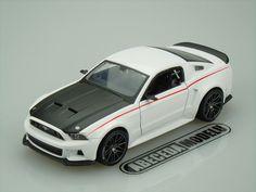 Ford Mustang Steet Racer 2014 Maisto 1/24