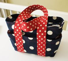 The 'BOX Bag' - An Everyday Bag to Sew - PDF Pattern + Video Tutorial from Frocks & Frolics | PatternPile.com