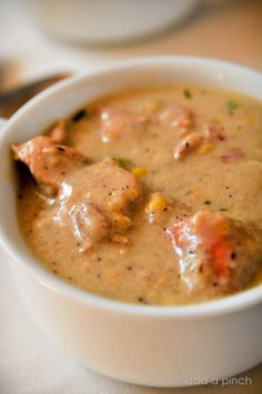 SOUTHERN CHICKEN & CORN CHOWDER ~~~ recipe gateway: this post's link AND a share from emeril lagasse at http://www.foodandwine.com/recipes/aspen-2005-southern-style-corn-chowder AND http://inasouthernkitchen.com/2014/01/chicken-corn-chowder-with-bacon/ [USA, Regional South] [addapinch] [Emeril Lagasse] [foodandwine] [inasouthernkitchen]