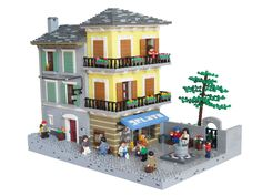 Tourists and locals enjoying some ice cream on a small square in an Italian village. Inspired by Orta san Giulio, Italy. Lego Village, Lego Minifigure Display, Lego Building, Building Ideas, Lego Boards, Lego Construction, Lego Modular, Cool Lego Creations, Italian Home