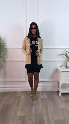 Beige blazer, beige jacket, blazer, blazer outfit, all black outfit, black and beige outfit
