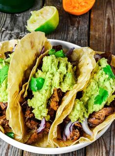 These Jackfruit Carnitas Tacos are full of flavor, they are so easy to prepare and make the perfect dish for family and friends!