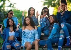 Discover recipes, home ideas, style inspiration and other ideas to try. Bff Goals, Best Friend Goals, Squad Goals, Afro, Black Girls Rock, Black Girl Magic, Best Friend Outfits, Photoshoot Themes, How To Pose
