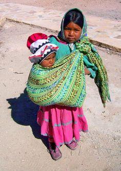 Comunidad El Pais » IMAGENES DE MEXICO. SITIO DE MAGIA Y ENCUENTRO » Niños tarahumaras estancia por todas las calles