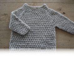 Alfred, med instruktioner ned til 6 mdr Knitting For Kids, Knitting For Beginners, Baby Knitting Patterns, Crochet Baby, Knit Crochet, Baby Kids Wear, Baby Barn, Kids Clothes Boys, Boys Sweaters