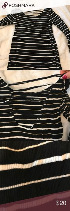 Long sleeve striped T-shirt Black and white long sleeve striped T shirt Amuse Society Tops Tees - Short Sleeve