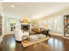 View 16 photos of this 4 bed, 3.5 bath, 952 sqft Single Family that sold on 9/15/15 for $1,150,000. The perfect example of form, function and quality lo...