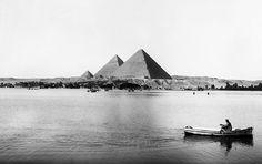 Nile flood the bottom of the pyramids, 1923