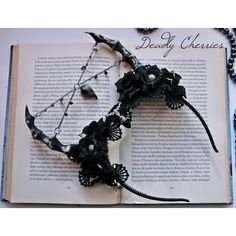 Dark Mori Gothic Lolita fantasy succubus horns flower hair band ($69) ❤ liked on Polyvore featuring accessories, hair accessories, head wrap headband, hair band headband, flower headbands, goth hair accessories and flower headwrap
