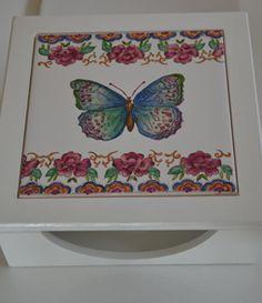 Servilletero con azulejo pintado a mano