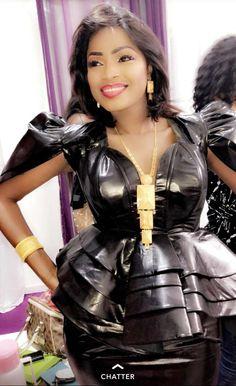 a1894169bd5 ( 05 Photos ) le Sagnsé de Mbathio Ndiaye ravissante ! Sagnsé Sénégalaises  lui va à merveille