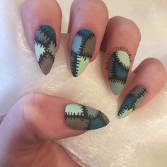Frankenstein Acrylic Nail Design for Halloween Halloween Acrylic Nails, Halloween Nail Designs, Halloween Halloween, Halloween Costumes, Halloween Recipe, Women Halloween, Frankenstein Halloween, Halloween Projects, Halloween Decorations