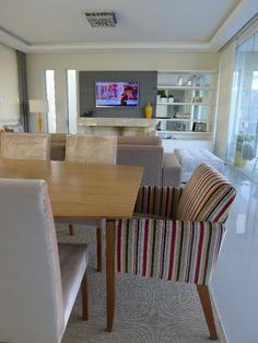 Sala de janta, com estofados da nossa fábrica e móveis da nossa loja!