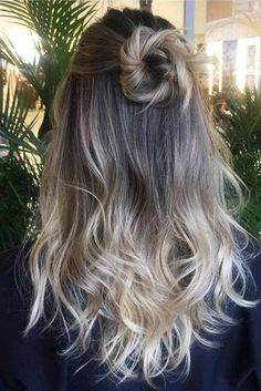 Awesome 37 Easy Hairstyles for Medium Length Hair Style https://outfitmad.com/2018/02/24/37-easy-hairstyles-medium-length-hair-style/