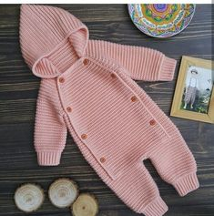 Hand knit baby romper Knitted baby clothes Baby coveralls Overalls jumpsuit wool Knitted baby wool coming home outfit Knit jumpsuit Easter Crochet Patterns, Baby Knitting Patterns, Baby Patterns, Vogue Patterns, Vintage Patterns, Vintage Sewing, Sewing Patterns, Knitted Baby Clothes, Crochet Clothes