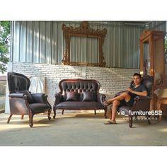 Kami @via_furniture652 menerima berbagai macam  pesanan meubel asli jepara dengan berbagai bentuk model ukuran serta warna finishing  sesuai ke inginkan anda.  Info harga & pemesanan silahkan hubungi contak kami  BBM: D45426A0  Wa/phone: 081326380683  Line: viafurniture  Atau Klik link whatsapp di profil  Jokowi#mianmar#indonesia#jepara#minimalis#designinterior#kayu#shoroom#duco#mejabar#bartender#meja#kursi#kamarset#almari…
