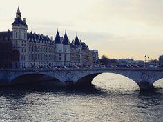 The streets of #paris  #thejoyofparis #instamood #igers #ig_worldclub #ig_worldphoto #potd #beautifulplaces #wonderful_places #travelgram #travelphotography #traveler #travel #instatravel #wanderlust #instawanderlust by (justme.karen) travel #instawanderlust #travelgram #thejoyofparis #traveler #potd #wanderlust #wonderful_places #ig_worldclub #paris #travelphotography #instatravel #beautifulplaces #instamood #igers #ig_worldphoto #meetingprofs #eventprofs #travel #tourism #popular #trending…