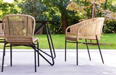 The Cricket chair collection, designed by Anki Gneib for Varaschin, is made of moka painted aluminum and hand made lanyard intertwining available in natural or mocha. Available as a chair or armchair this outdoor designer chair is suitable for any outdoor environment.
