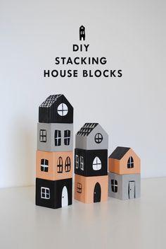 Casitas-bloques / Stacking house blocks - La Factoría Plástica