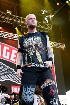 SAN ANTONIO, TX - MAY 24: Ivan Moody performs in concert with Five Finger Death Punch during the River City RockFest at the at&t Center on May 24, 2014 in San Antonio, Texas.