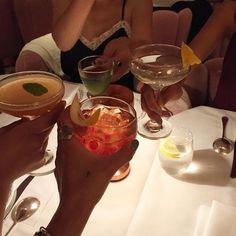 Night Aesthetic, Summer Aesthetic, Aesthetic Food, Alcohol Aesthetic, Aesthetic Beauty, Food N, Good Food, Food And Drink, Vanessa Moe