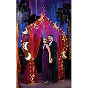 Treasure the night arch, great for an Arabian night decoration or photo shoot!!!