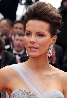 Kate Beckinsale Updo | Latest Messy Updos Hairstyles For Celebrity in 2011 | Updos for medium ...