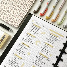 emmastudies 2017 yellow bullet journal spread simple with stickers and stars