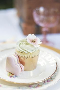 Mint & Pink Flower Cupcake