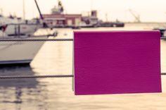 Nel visitatore, comunque, resta l'immagine di una città attraente, leziosa, assolata, marina...  http://blogquotus.wordpress.com/2014/03/24/cagliari-citta-felice-nonostante-tutto/
