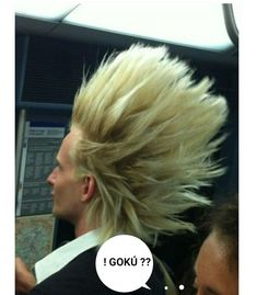 Funny pictures about Super Saiyan in real life. Oh, and cool pics about Super Saiyan in real life. Also, Super Saiyan in real life. Bad Hair Day, Big Hair, Just For Fun, Just In Case, I Got You Fam, Poorly Dressed, Memes In Real Life, Hair Humor, Hair Goals