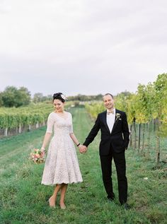 Photography by Pia Clodi at Peaches & Mint - A Luxury And Intimate 1950s Style Autumn Wedding In Vienna With A Lena Hoschek Dress And Mink Stole And A Ranunculus Bouquet Photographed By Peaches & Mint.