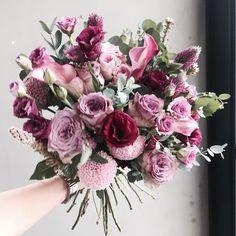 레슨 주문 문의  카톡ID vaness52 . #vanessflower #vaness #flower #florist #flowershop #handtied #flowergram #flowerlesson #flowerclass #바네스 #플라워 #바네스플라워 #플라워카페 #플로리스트 #꽃다발 #부케 #원데이클래스 #플로리스트학원 #화훼장식기능사 #플라워레슨 #플라워아카데미 #꽃스타그램 . . . #꽃다발 #핸드타이드 . . 색감 예쁘다  by vanessflower
