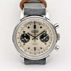 Vulcain Chronograph with an incredible provenance Vintage Watches, Chronograph, Watches For Men, Peace, Accessories, Shopping, Antique Watches, Men's Watches, Sobriety