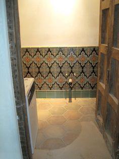 Pin af Kibak Tile på Ceramic Tile Installations   Pinterest