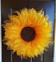 Mesh sunflower wreath