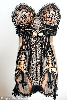 mr pearl corset | Emotional Ties with Burlesque performer, Dita Von Teese | Mail Online