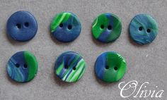 Buttons handmade in polymer clay / Kato clay /Fimo clay.    6 pcs. about 12-13 mm in diameter.  you get 1 free button      Handmade buttons are slight