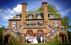 Wales Wedding Venue - Llansantffraed Court - Plans on a Grander Scale