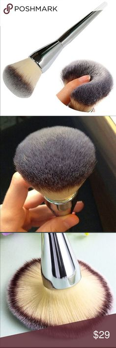 Gorgeous Full Face Mineral Powder Brush This marvelous professional brush is only offered in my closet. It has been used exclusively by professionals but is now available to you.  Non shedding it is a wonder with mineral powders to create flawless coverage.  You will treasure this brush. Makeup Brushes & Tools