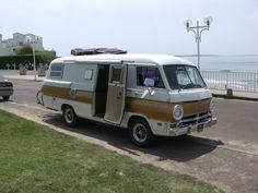 Pontoon Boats and Campers. Your Bass Boat Dealer! Camping Vintage, Vintage Rv, Teardrop Camper Trailer, Trailer Tent, Rv Motorhomes, Gmc Motorhome, Car Camper, Camper Caravan, Vintage Motorhome